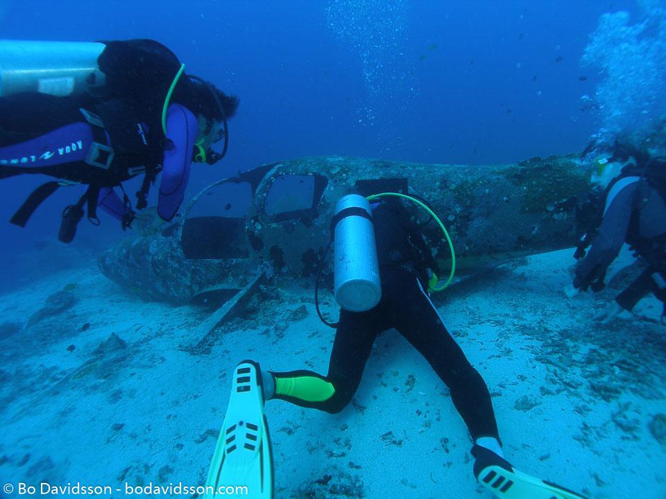 BD-060412-Moalboal-4121056-Homo-sapiens.-Linnaeus.-1758-[Diver].jpg